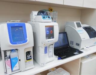 検体検査装置